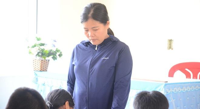 Cô giáo phạt học sinh 231 cái tát cho biết quá áp lực vì chạy đua thành tích - H1