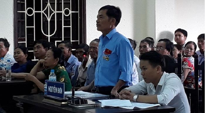 Ông Dương Văn Hòa tại phiên tòa. (Ảnh: Quốc Nam/Tuoitre)
