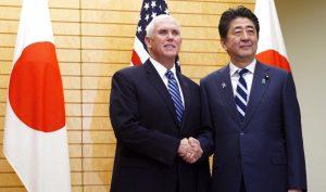 Phó Tổng thống Mỹ gửi cảnh báo tới Trung Quốc khi bay qua Biển Đông