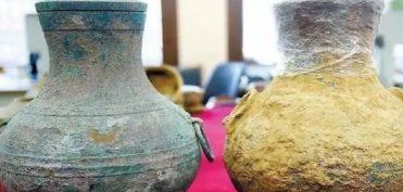 Bình đồng rượu cổ 2.000 năm của Trung Quốc