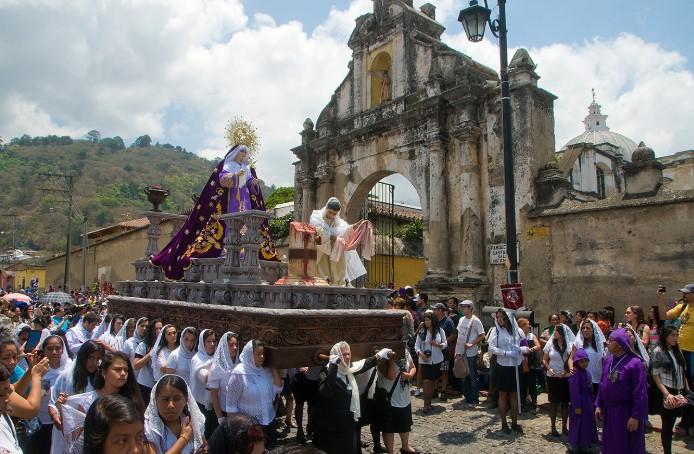 Guatemala là khu vực nằm trong thành phố thuộc địa đáng yêu, nơi tổ chức lễ phục sinh nổi tiếng nhất Châu Mỹ La Tinh