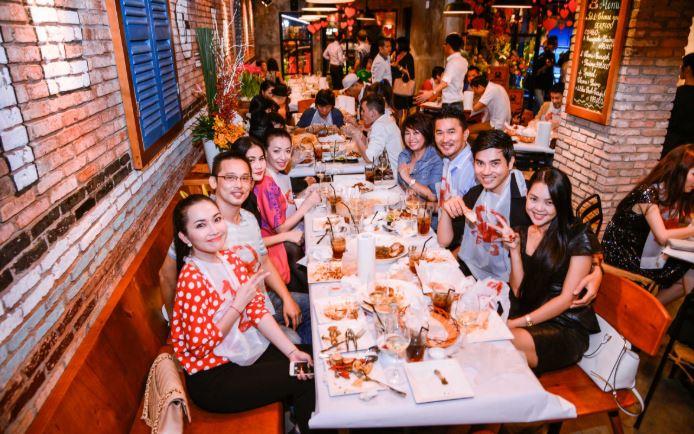 Điểm danh các quán ăn ngon của nghệ sĩ Việt được dân mạng truy tìm ráo riết - H4
