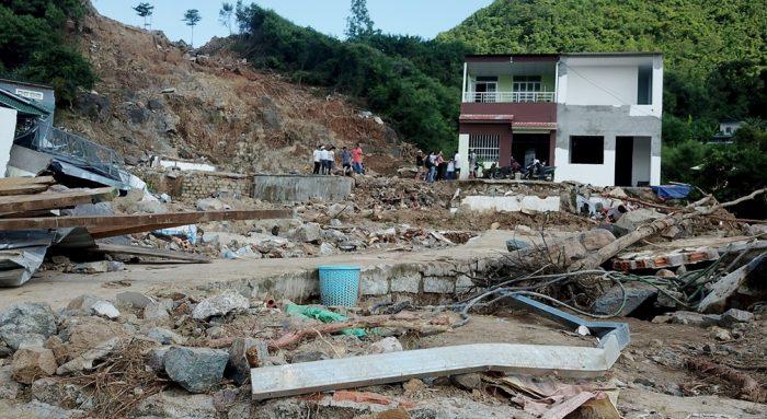 Lở núi ở Nha Trang: Radar bị 'bịt mắt', không quan trắc được mưa.4