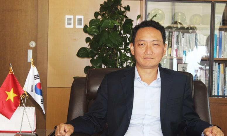 Đại sứ Hàn Quốc tại Việt Nam Kim Do-hyun