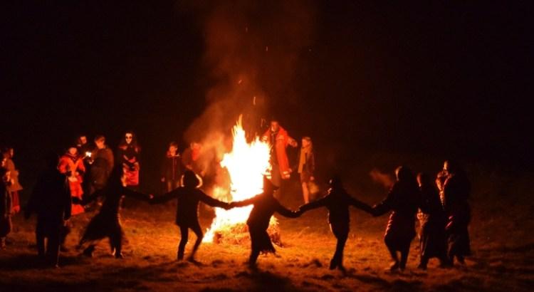 Những nghi lễ ma quỷ huyền bí kích thích sự tò mò của giới trẻ