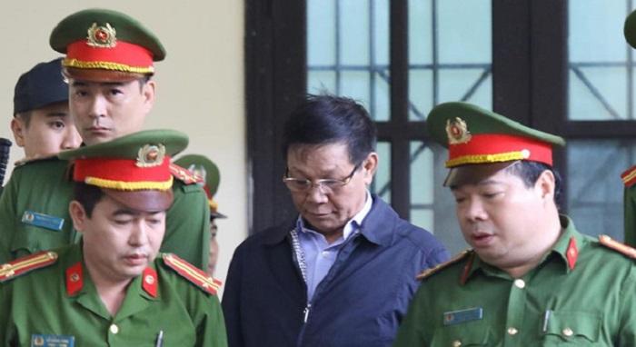 Hôm nay toà án xét xử ông Phan Văn Vĩnh và 91 người . Ảnh 1