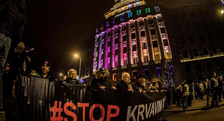 Serbia: Hàng nghìn người dân biểu tình phản đối tổng thống. Ảnh 1