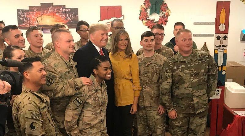 Ông Trump và phu nhân bất ngờ tới thăm lính Mỹ tại Iraq