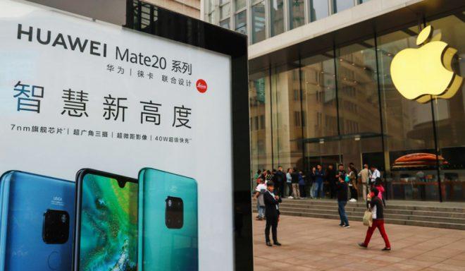Doanh nghiệp Trung Quốc kêu gọi nhân viên tẩy chay Apple, tặng miễn phí smartphone Huawei