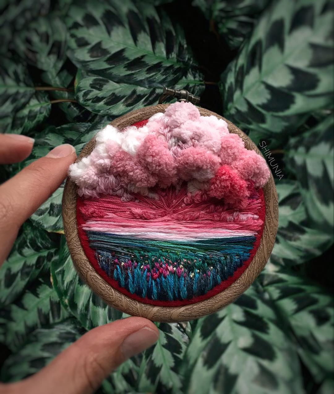 Kỹ thuật thêu 3D miêu tả sống động vẻ đẹp của thiên nhiên mây trời. 13