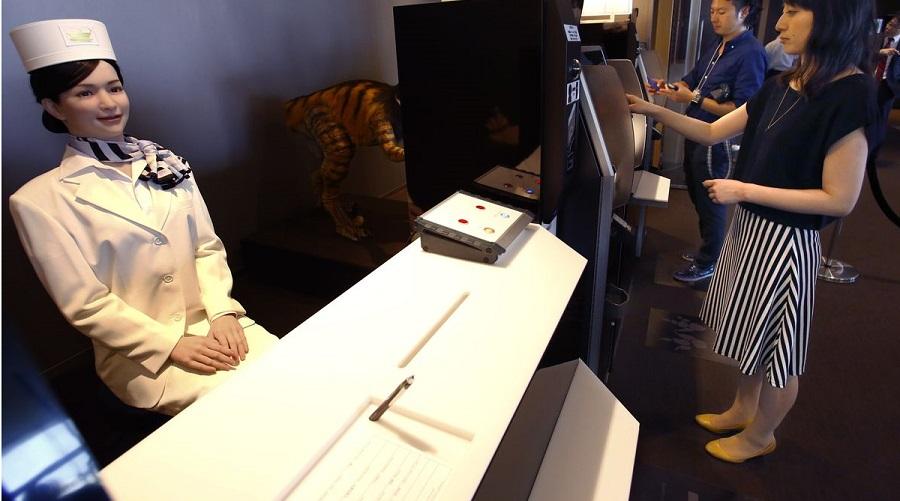 """Khách sạn robot ở Nhật Bản sa thải một nửa số robot phục vụ vì """"ăn hại"""". Ảnh 1"""