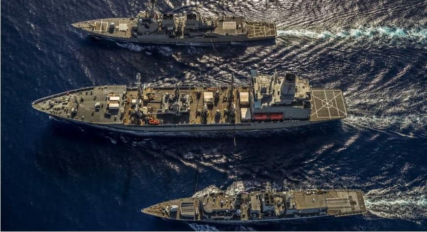 Hải quân Mỹ, Anh lần đầu tập trận chung ở Biển Đông. Ảnh 1