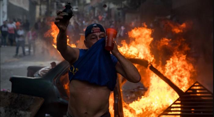 Hàng chục quân nhân Venezuela nổi dậy bị chính quyền bắt giữ. Ảnh 1