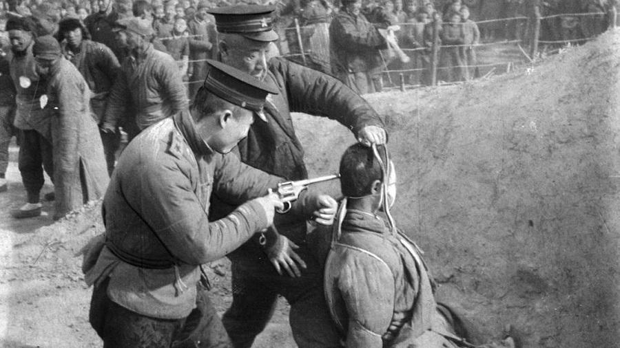 Cựu thẩm phán kể lại những vụ hành quyết hàng loạt ở Trung Quốc. Ảnh 1