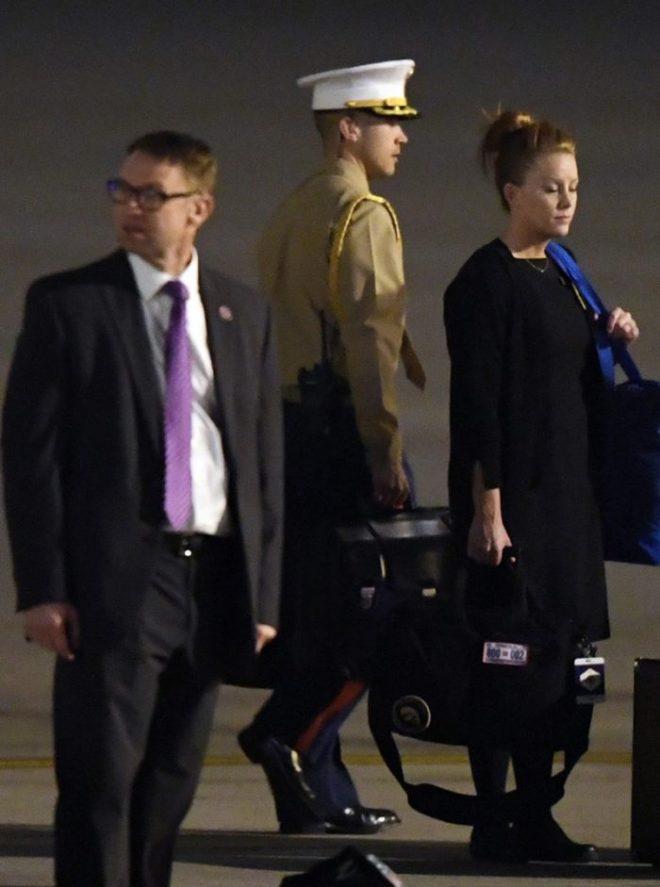 """Bên trong chiếc """"vali hạt nhân"""" siêu quyền lực của TT Mỹ có những gì?3"""