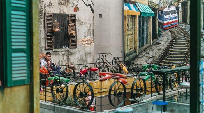 Quán cà phê tái chế lớn nhất Hà Nội: Ý tưởng bắt nguồn từ làng ung thư. 1