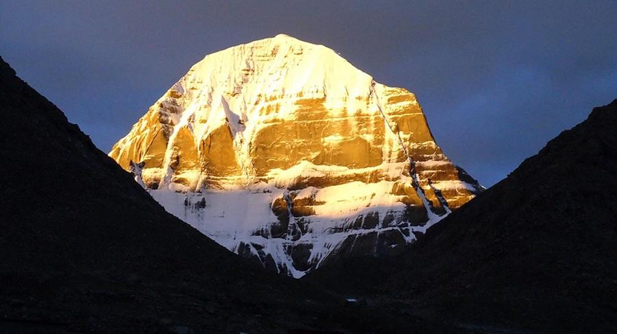 Bí ẩn núi Kailash, thánh địa bất khả xâm phạm nơi cao nguyên Thanh Tạng. Ảnh 1