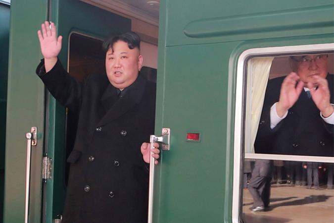 Tường thuật trực tiếp buổi lễ đón Kim Jong-un tại Lạng Sơn