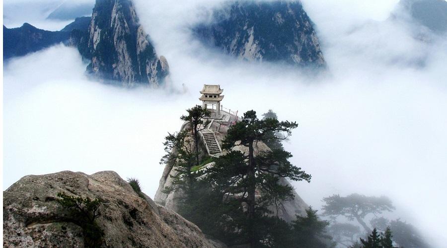 Núi Côn Lôn: Nơi ở của thần và biểu tượng của trục vũ trụ Mundi