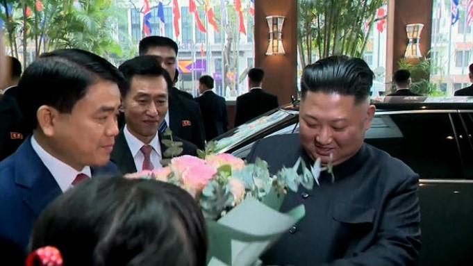 Tường thuật trực tiếp buổi lễ đón Kim Jong-un tại Lạng Sơn.2