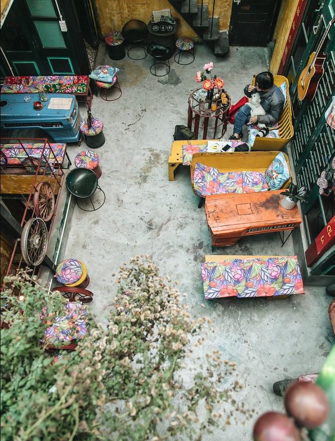 Quán cà phê tái chế lớn nhất Hà Nội: Ý tưởng bắt nguồn từ làng ung thư.4