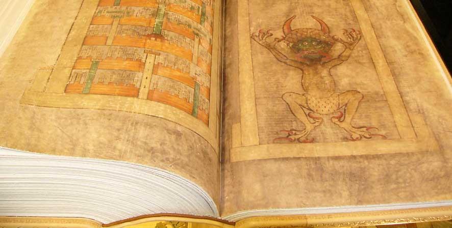 """Bí ẩn chưa có lời giải quanh cuốn """"Kinh Quỷ dữ"""". Ảnh 1"""
