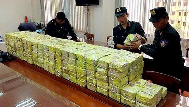 Tang vật là số lượng ma túy lên đến gần nửa tấn. (Ảnh: Thanh Niên)