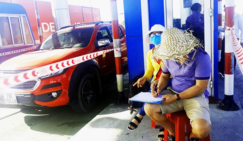 Khánh Hòa: Dân chủ động đếm xe qua trạm, chủ đầu tư BOT 'hoang mang'