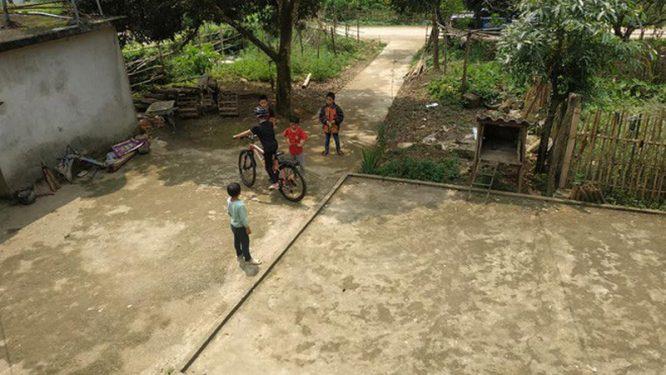 Cậu bé đạp xe hơn 100km để thăm em: Cộng đồng mạng tặng em 1 xe địa hình mới cứng - H6