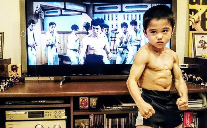 'Truyền nhân của Lý Tiểu Long': Biết múa côn nhị khúc từ năm 4 tuổi!1