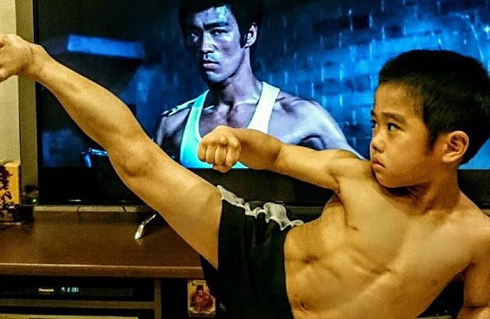 'Truyền nhân của Lý Tiểu Long': Biết múa côn nhị khúc từ năm 4 tuổi!