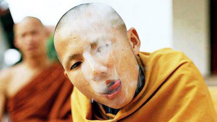 Đức Phật giảng về viễn cảnh thời Mạt pháp: Ma quỷ đội lốt thầy tu, sư tăng vô đạo.4