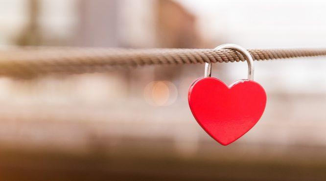 Điều gì trên đời có thể thật sự làm cảm động lòng người? - H1
