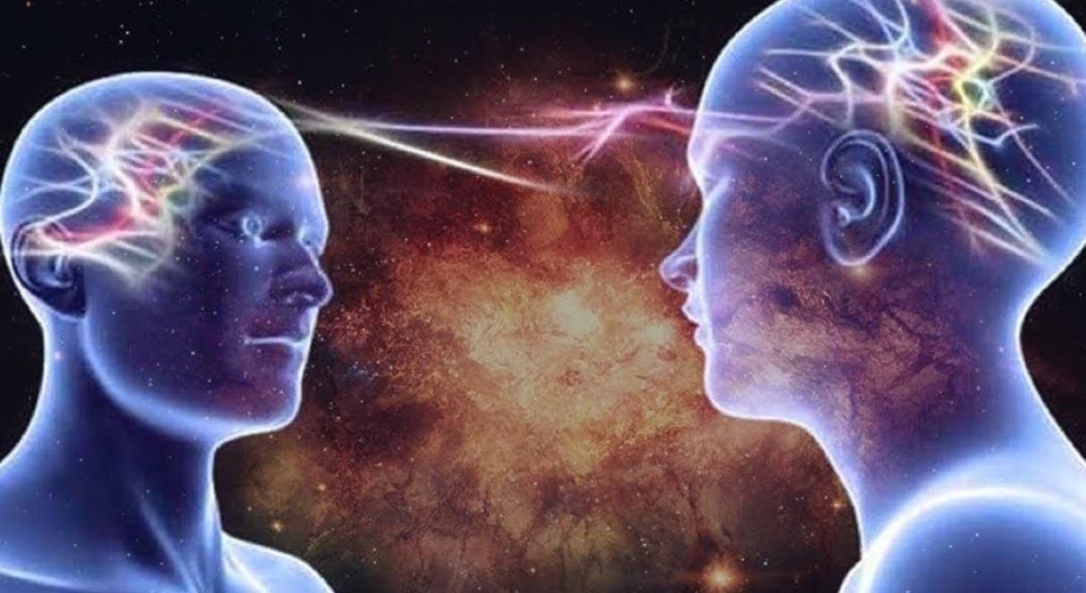 Con người có khả năng hút năng lượng từ người khác