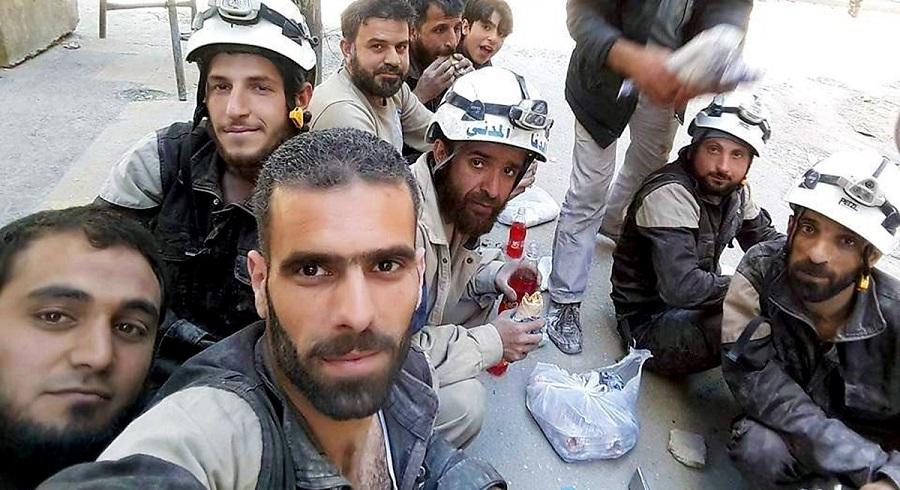 """Nhóm """"giả danh từ thiện"""" Mũ bảo hiểm trắng chuyên cướp tạng & khủng bố. Ảnh 1"""