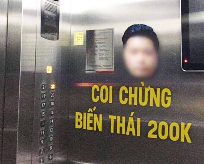 Hình ảnh của đối tượng Đào Mạnh H. cùng dòng chữ cảnh báo được dán bên trong thang máy.
