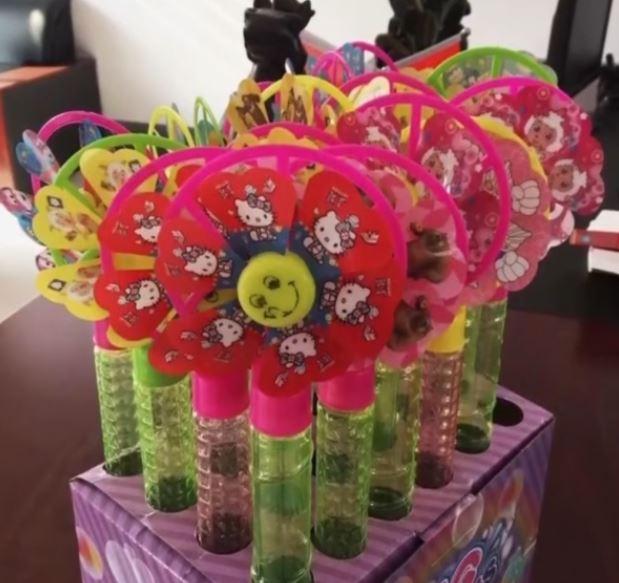 Trung Quốc: Sử dụng chất thải y tế để chế tạo tã lót và đồ chơi trẻ em. - H8