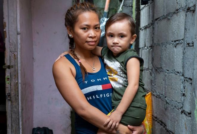 Judith Icaru và con trai Jaden,3 tuổi.