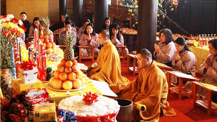 Rất nhiều người tu, tuy bề ngoài vẫn tụng niệm giới luật nhưng trong lòng chán ngán, buông thả, cơ bản là không muốn nghe Phật Pháp.