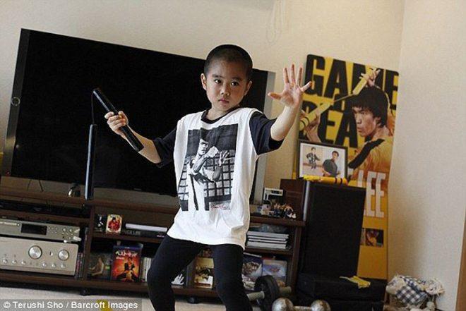 'Truyền nhân của Lý Tiểu Long': Biết múa côn nhị khúc từ năm 4 tuổi!7