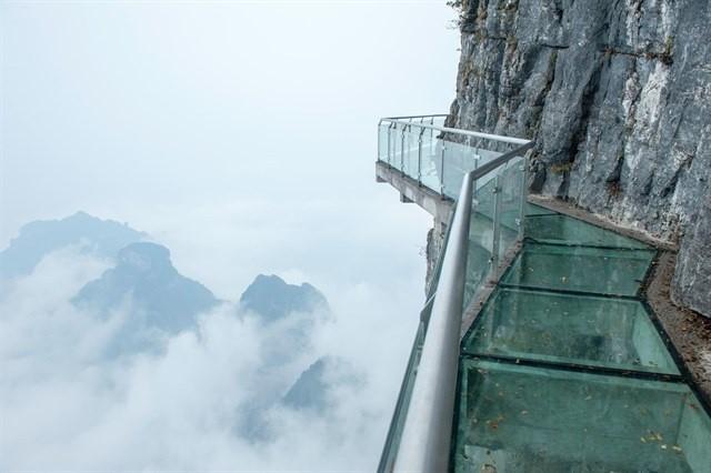Sa Pa sắp có cây cầu kính 'ôm núi' dài và cao nhất Đông Nam Á? - H3
