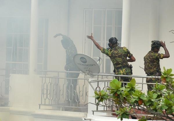 8 vụ nổ liên tiếp xảy ra tại Sri Lanka vào lễ Phục Sinh khiến 207 người thiệt mạng - H5