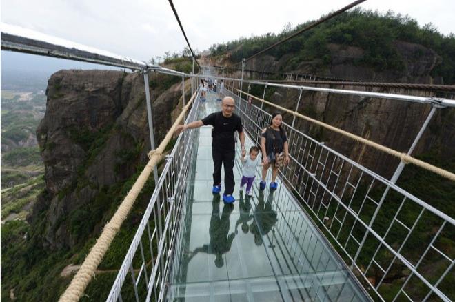 Sa Pa sắp có cây cầu kính 'ôm núi' dài và cao nhất Đông Nam Á? - H4