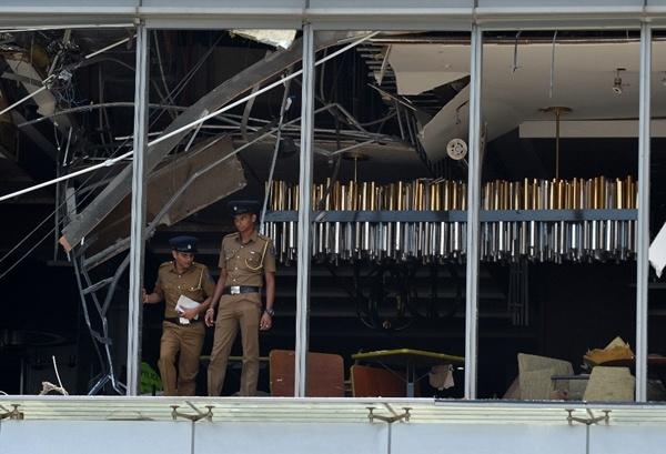 8 vụ nổ liên tiếp xảy ra tại Sri Lanka vào lễ Phục Sinh khiến 207 người thiệt mạng - H4