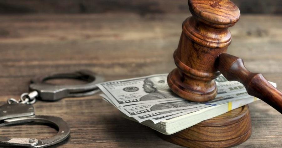 Chỉ vì chiếm đoạt 1 USD, người phụ nữ Texas đã phải lãnh án tù