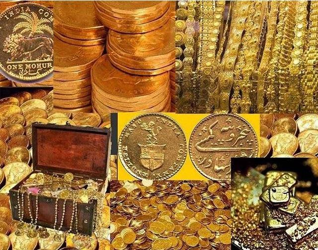 Vòng vàng và tiền vàng trong các căn hầm. (Ảnh qua genk.vn)