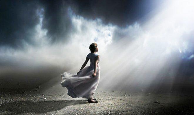 Nhân chứng kể chuyện trải nghiệm cận tử: Linh hồn của con người là bất diệt.2