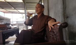 Hải Phòng: Cầm ly bia, sư trụ trì nói về việc 'thả chó cắn nát mặt Phật tử'