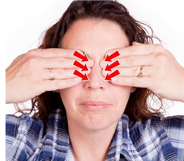 11 bài tập mắt đơn giản giúp phục hồi thị lực trong vòng 1 phút.6