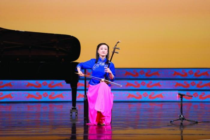 Âm nhạc tạo nên tính người: Nghe nhạc tốt giúp tâm hồn trở nên cao quý. 1